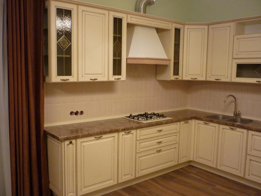 Белый кухонный гарнитур-Кухня из массива «Модель 242»-фото1