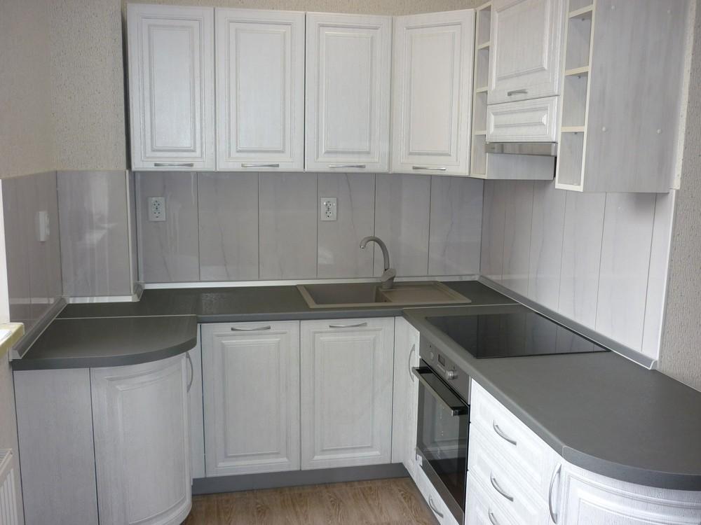 Белый кухонный гарнитур-Кухня МДФ в ПВХ «Модель 249»-фото1