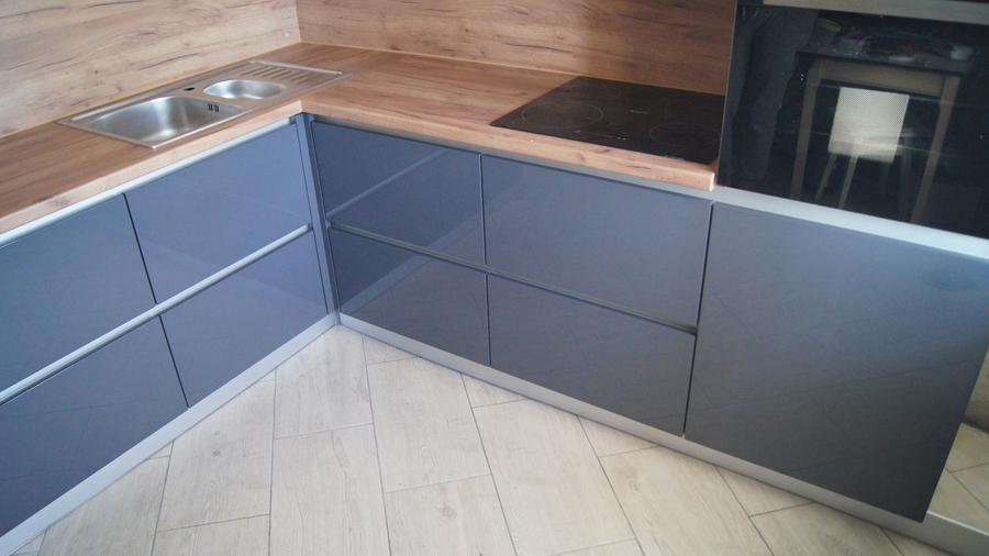 Белый кухонный гарнитур-Кухня МДФ в эмали «Модель 230»-фото2